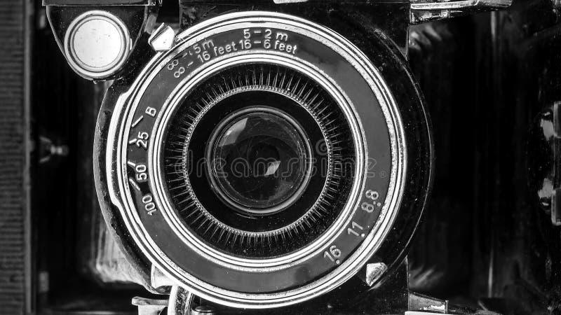 Zakończenie retro kamera obiektyw fotografia royalty free