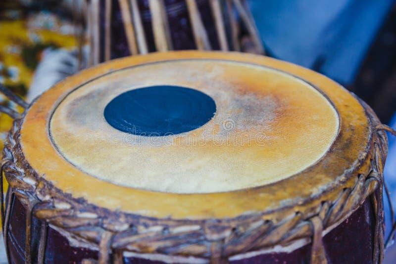 Zakończenie Tradycyjni Nepalscy instrumenty muzyczni Madal, bębeny, T obrazy stock