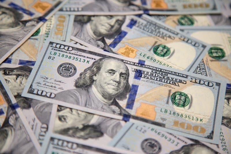 Zakończenie up nowy sto sto dolarowy rachunek z portretem Franklindollar rachunek z portretem Franklin obrazy royalty free