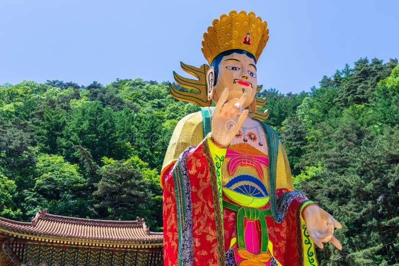 Zakończenie w górę pięknego koreańczyka tradycyjnej papierowej postaci dla festiwalu świętować Buddhas urodziny i Guinsa, Danyan  fotografia stock