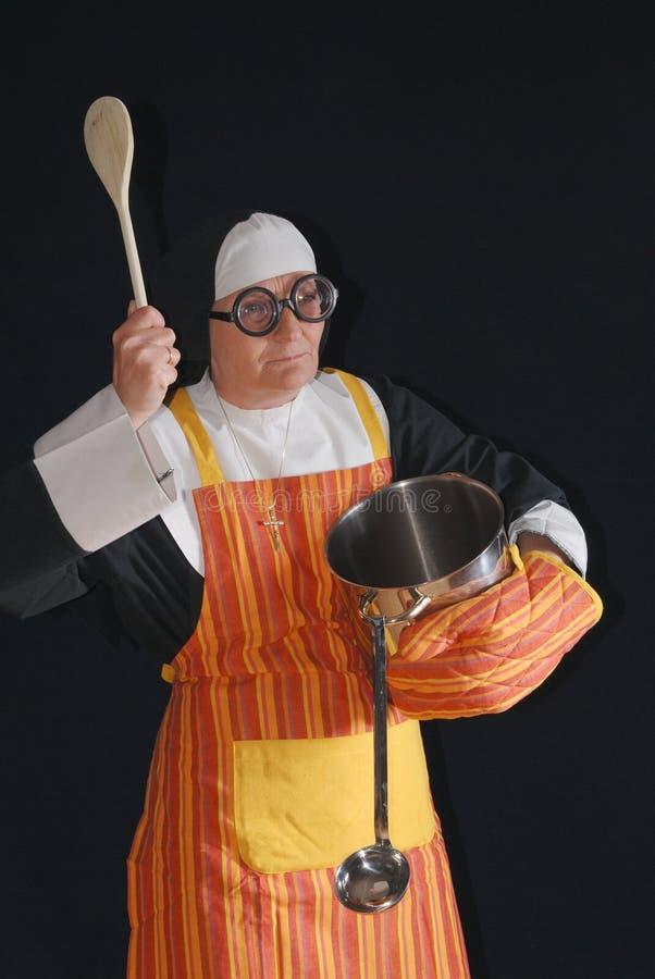 zakonnica gotowania zdjęcie stock