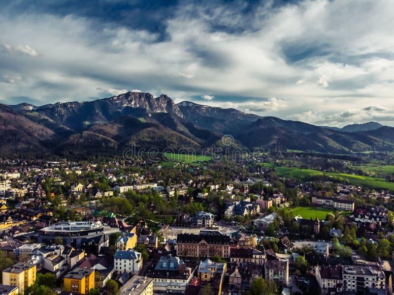 Zakopane Pologne, photographie aérienne de panorama Montagnes Tatry de la Pologne image stock