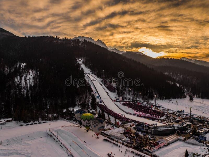 Zakopane Pologne, photographie aérienne de panorama de Wielka Krokiew Montagnes Tatry de la Pologne photos libres de droits