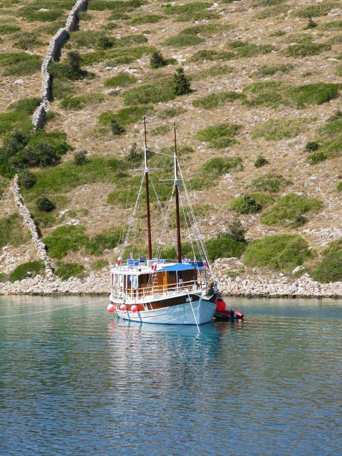 zakotwiczająca łódź obraz stock