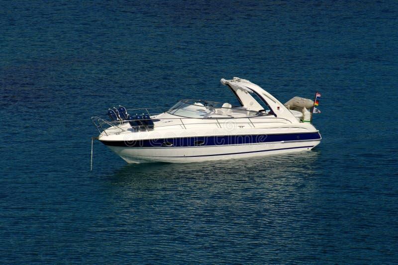 zakotwiczający łódź post fotografia stock