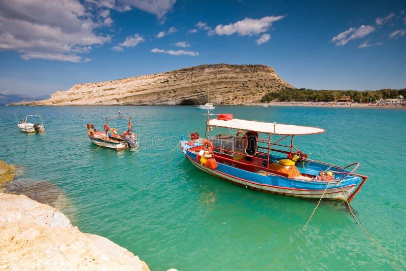 zakotwiczający podpalany łodzi Crete połowu greec matala obrazy stock
