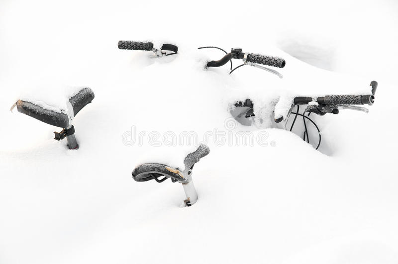 zakrywający śnieg zdjęcia stock