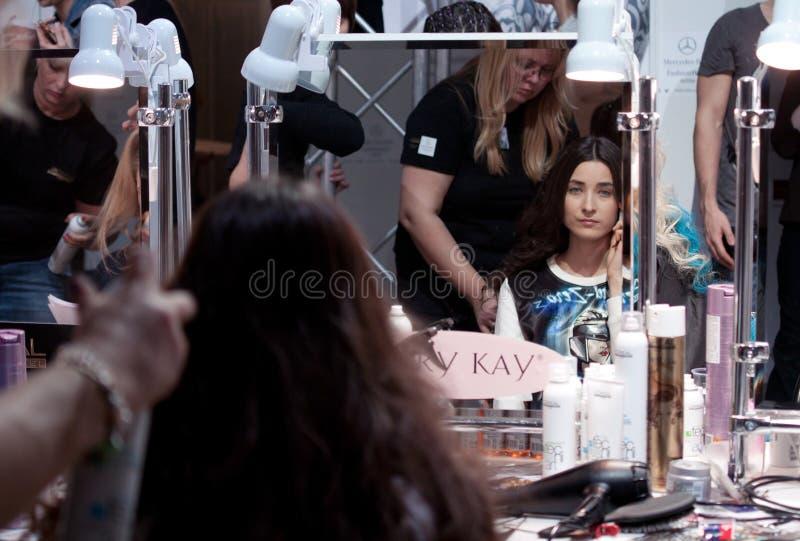 zakulisowy Makeup przed wybiegiem fotografia royalty free
