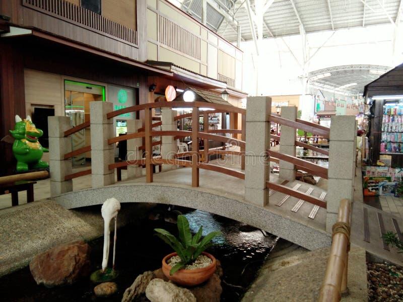 Zakupy teren, bridżowy Japoński wioska styl zdjęcia royalty free