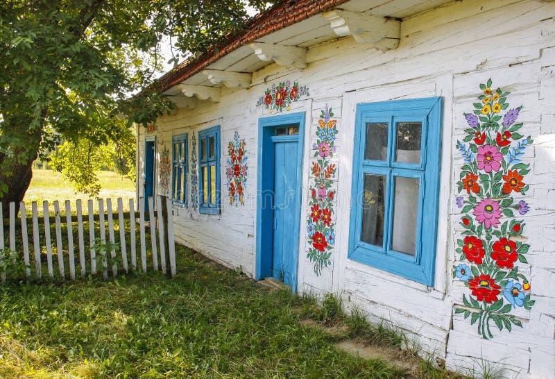 Zalipie, Polen - Kleurrijk Dorp - Openluchtmuseum stock afbeeldingen