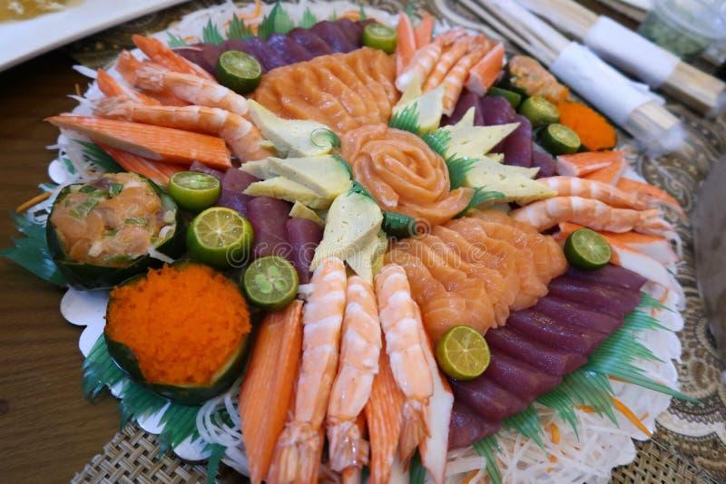 Zalm, Tonijn, Ebi, Tamago-Sashimi stock afbeelding