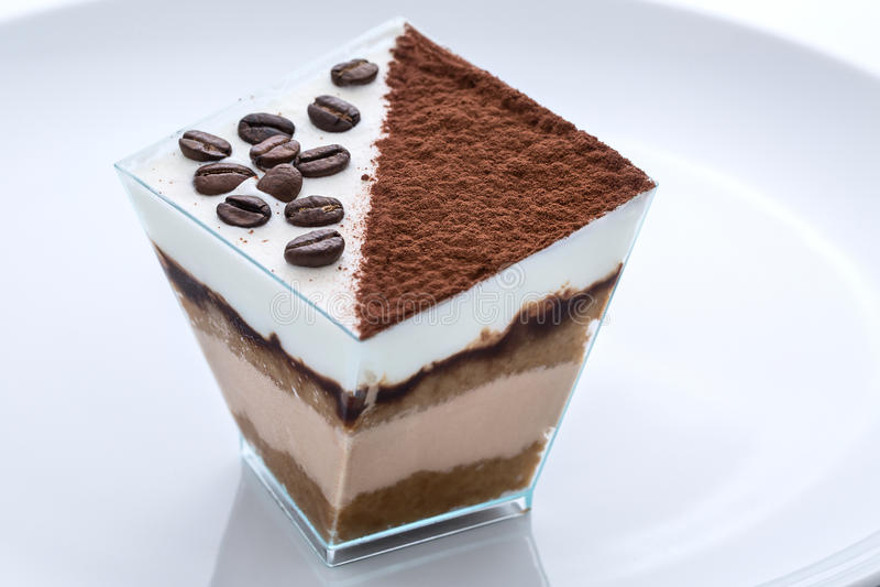 Zamarznięta jogurt kawa i cacao tort zdjęcie stock