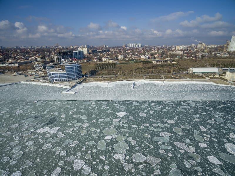 Zamarznięty Czarny morze w Odessa Ukraina zdjęcie stock
