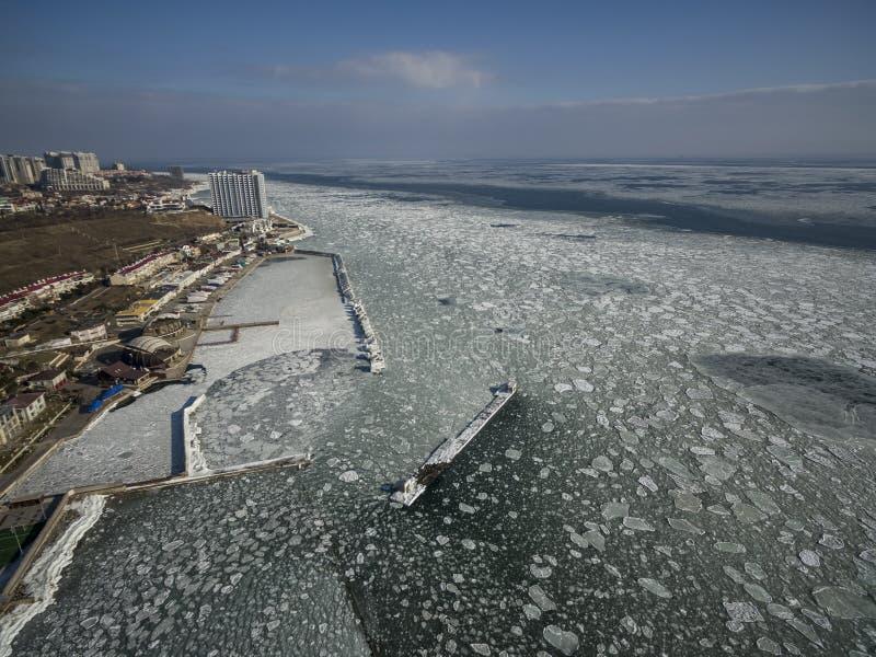 Zamarznięty Czarny morze w Odessa Ukraina fotografia stock