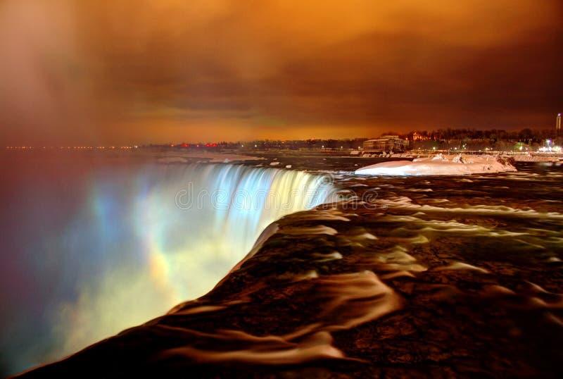 Zamarznięty Niagara Spada przy nocą obraz royalty free