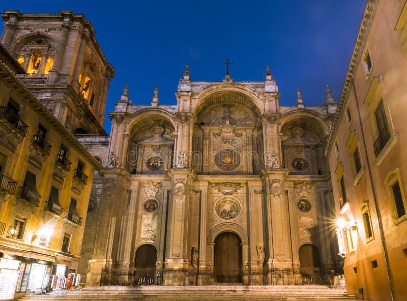 zamazanej katedralnej ujawnienia fasadowej inkarnaci dłudzy główni ludzie Spain Główna fasada, Hiszpania obrazy royalty free