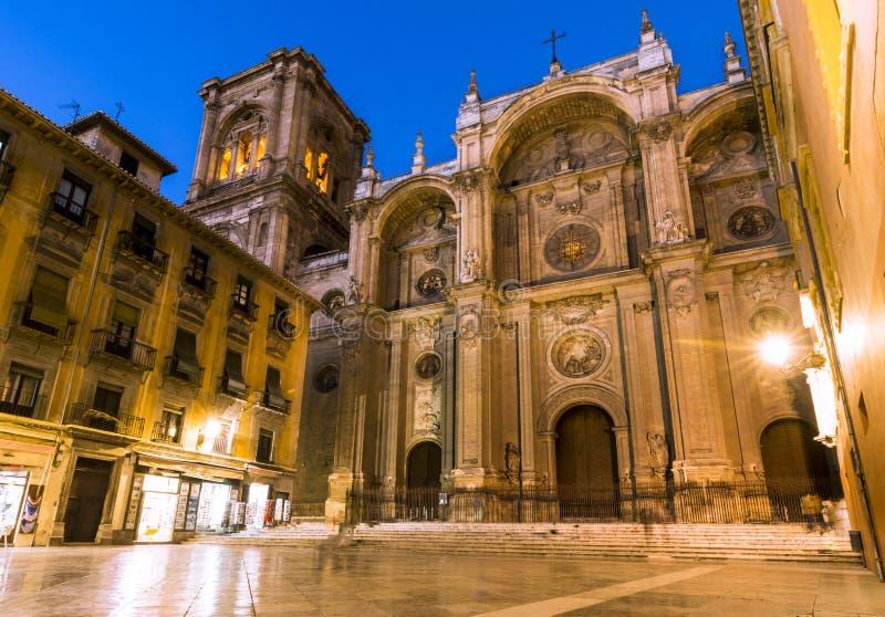 zamazanej katedralnej ujawnienia fasadowej inkarnaci dłudzy główni ludzie Spain Główna fasada, Hiszpania zdjęcia stock