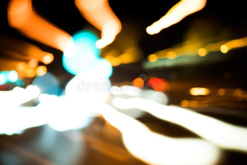 Zamazany tło poruszające smugi światło od samochodów fotografia stock