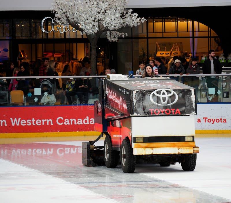Zamboni operator Przy Zachodnim Edmonton centrum handlowym zdjęcie royalty free