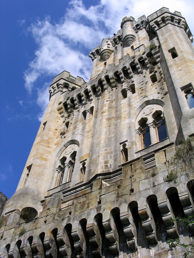 zamek butron s obrazy royalty free