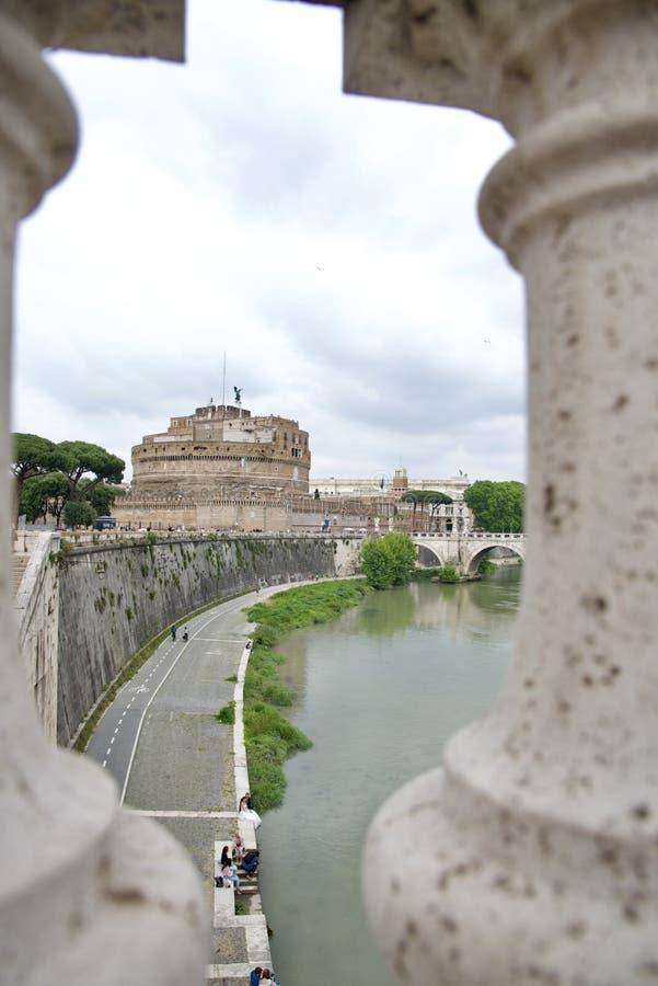 Zamek Sant'Angelo i most nad rzeką Tiber zdjęcie royalty free