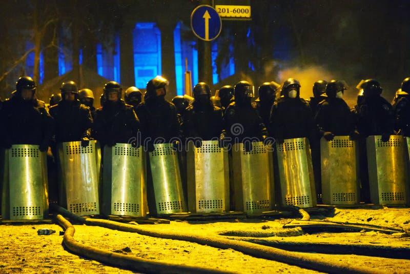 Zamieszki policja przy Hrushevskogo ulicą w Kijów, Ukraina obraz stock