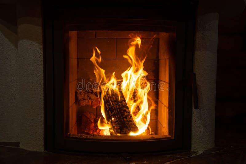 Zamknięcie ognia, kominek zdjęcia stock