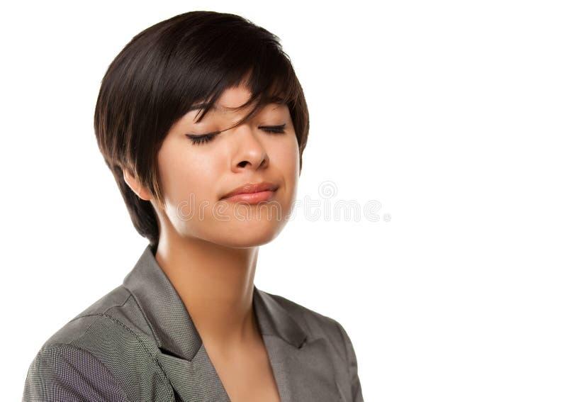zamkniętego oczu dziewczyny headshot wieloetniczny ładny obraz stock