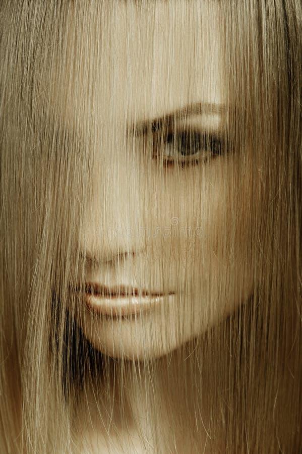 zamknięty nakrycia twarzy włosy w górę kobiety fotografia stock