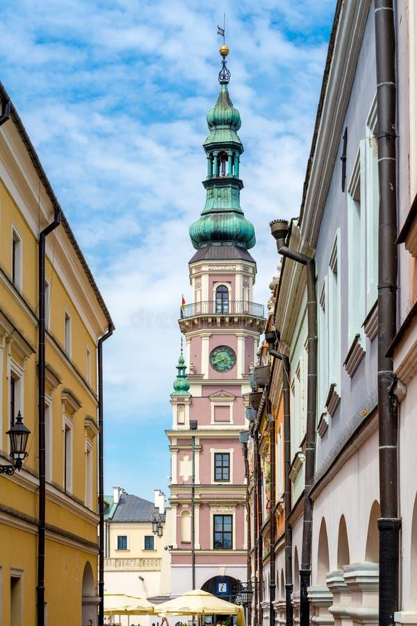 Zamojski urząd miasta wierza na Wielkim Targowym kwadracie, Polska fotografia stock