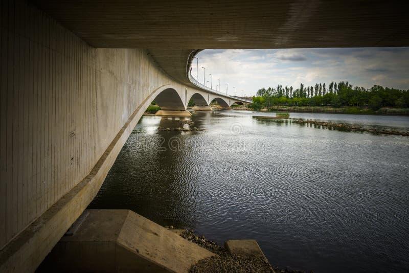 Zamora brug opnieuw royalty-vrije stock fotografie
