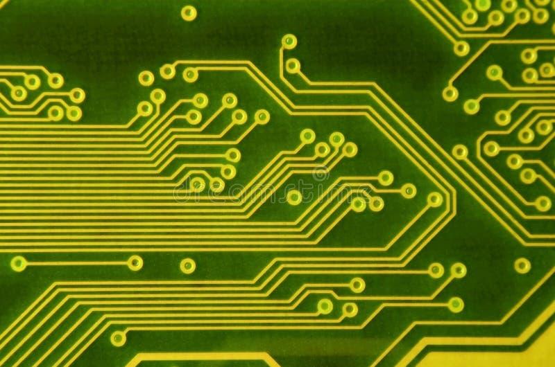 Zamyka up barwiona mikro obwód deska tło abstrakcyjna technologii Komputerowy mechanizm w szczególe obraz stock