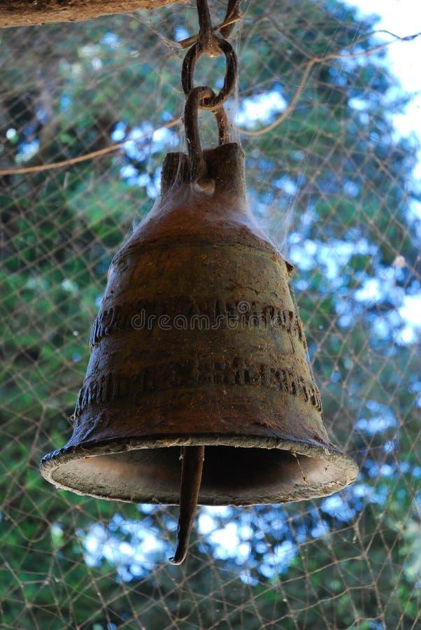 Zamyka up kościelny dzwon, Jeziorny Taniec, Etiopia zdjęcie stock