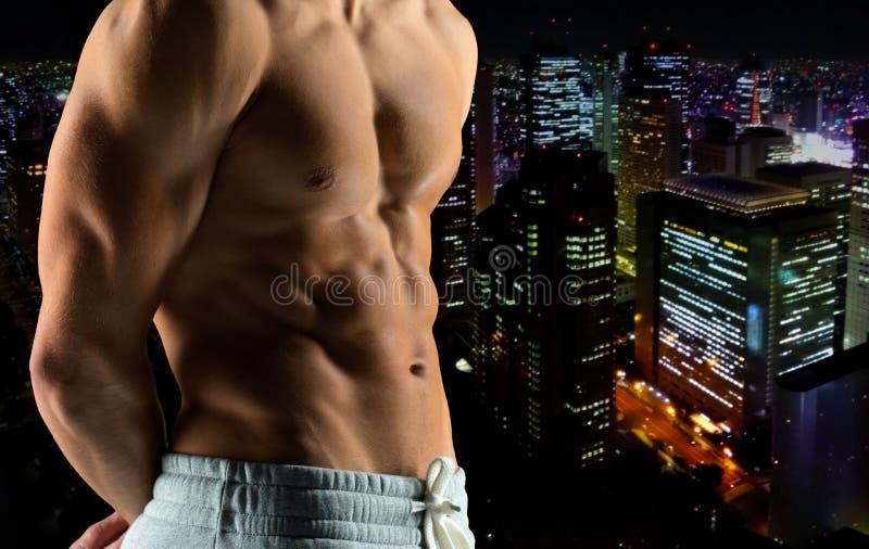 Zamyka up męskiego bodybuilder naga półpostać fotografia royalty free
