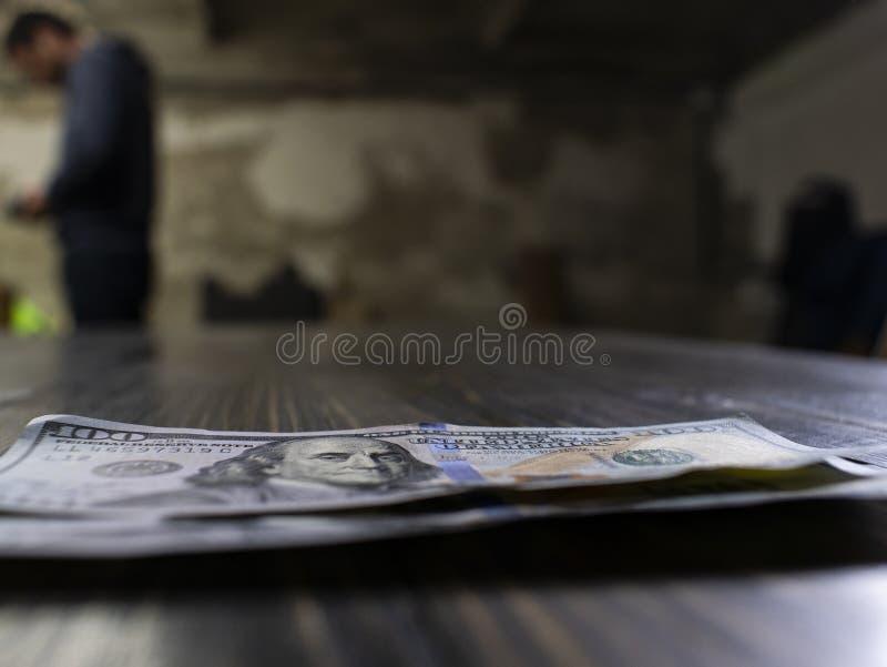 Zamyka w g?r? ameryka?skich dolarowych banknot?w Dwie?cie dolar obraz stock