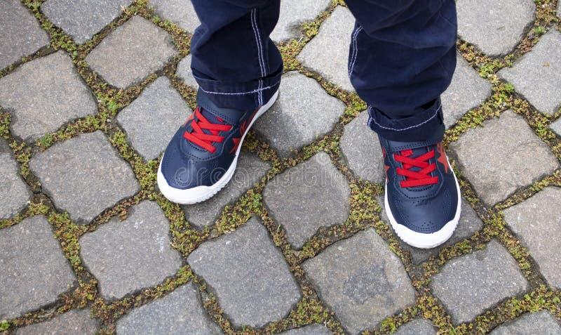 Zamyka w górę dziecka butów zdjęcia royalty free