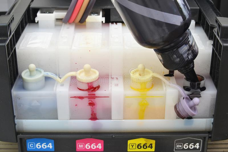 zamyka w górę inkjet drukarki ładownicy obrazy royalty free