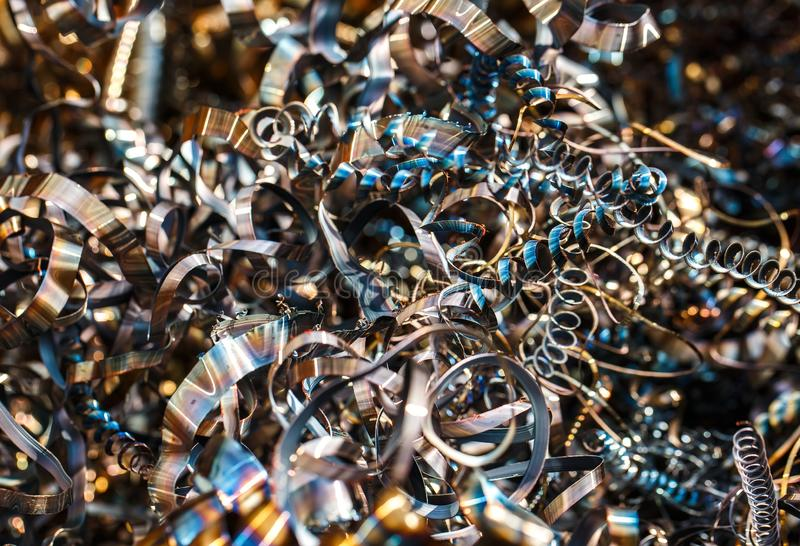 Zamyka w górę kręconych ślimakowatych stalowych metali goleń obraz royalty free