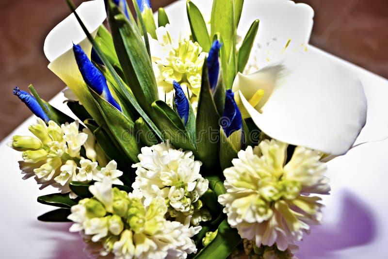 Zamyka w g?r? kwiatu bouqet dla urodziny obrazy stock