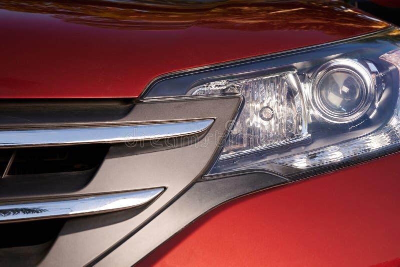 Zamyka w górę nowożytnego samochodowego reflektoru obraz royalty free