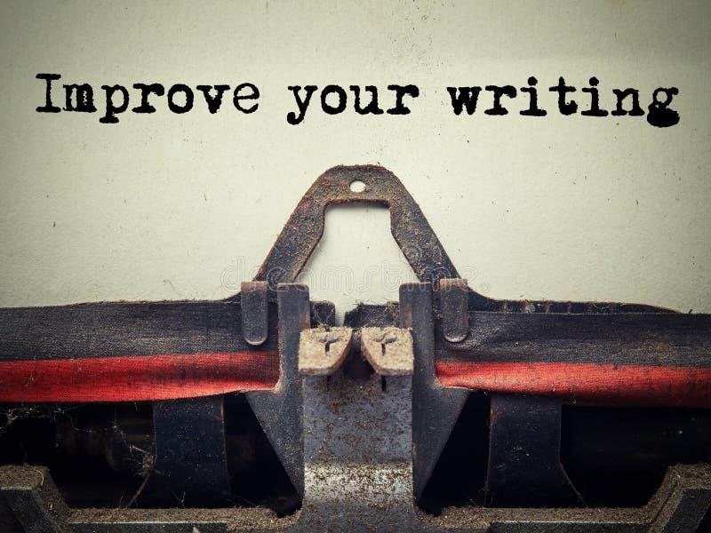 Zamyka w górę starej maszyny do pisania zakrywającej z pyłem z ulepsza twój pisze tekst obraz stock