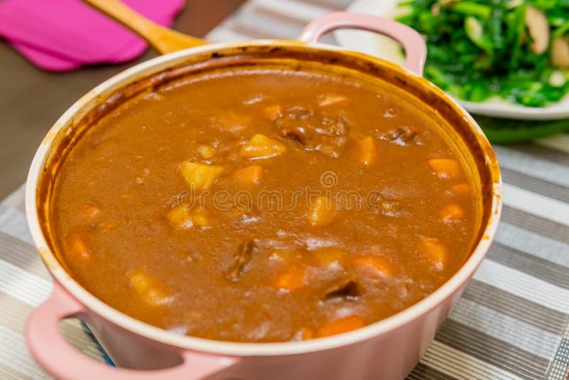 Zamyka w górę strzału garnek curry zdjęcia stock