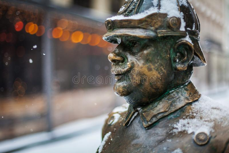 Zamyka w górę strzału sławna policjant statua, miasta Budapest symbol - capitol Węgry zdjęcia stock