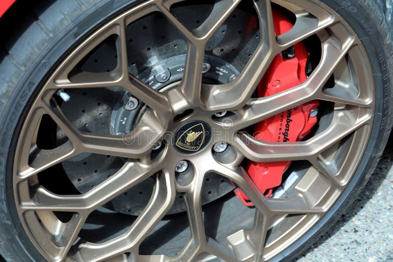 Zamyka W górę widoku koło Lamborghini Supercar fotografia stock