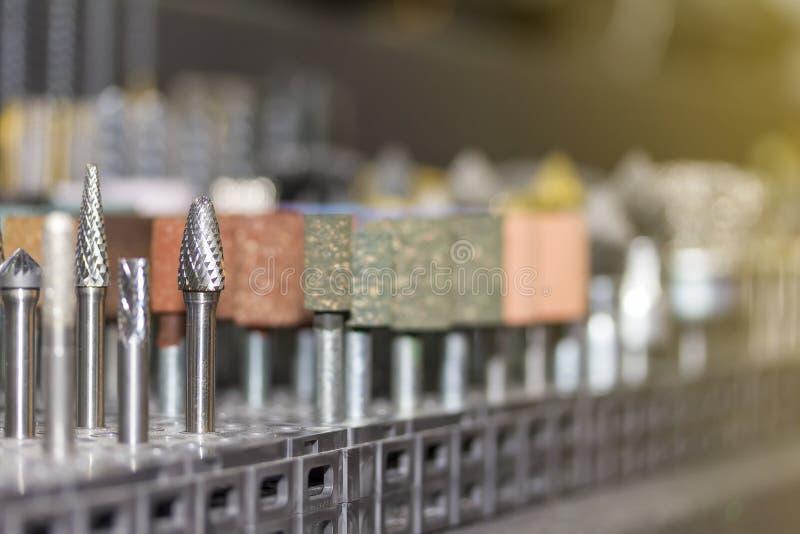 Zamyka w górę wiele rodzaj i kształt wysokiej jakości mały narzędzie dla przemysłowego szlifierskiego koła, metalu froterowania l zdjęcie stock