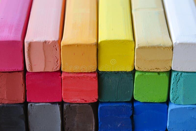 Zamykający w górę Kolorowej kredy dla tła obraz royalty free