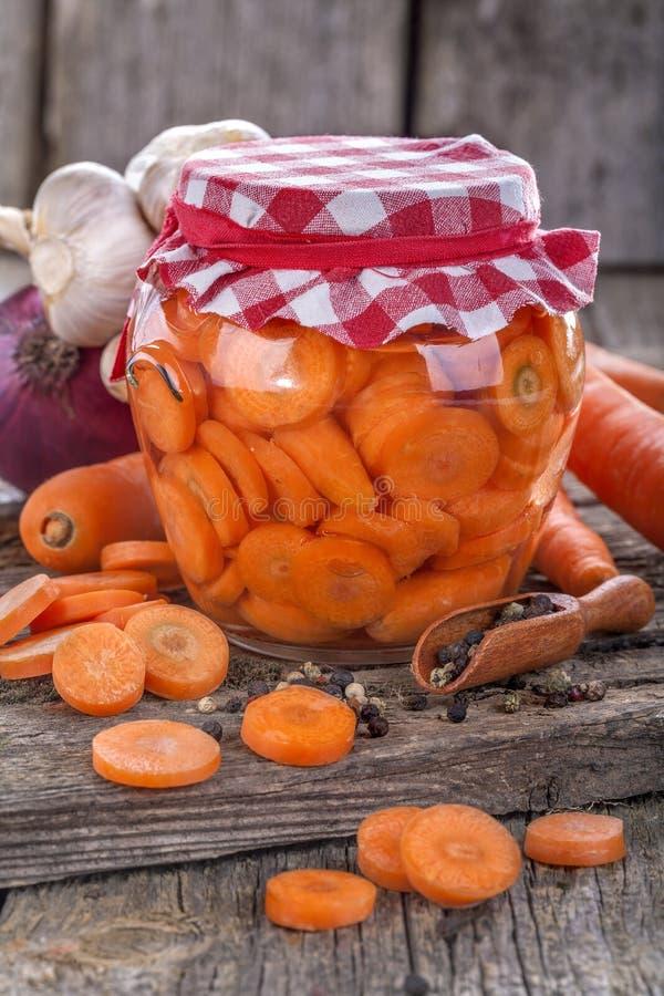 Zanahoria conservada imágenes de archivo libres de regalías