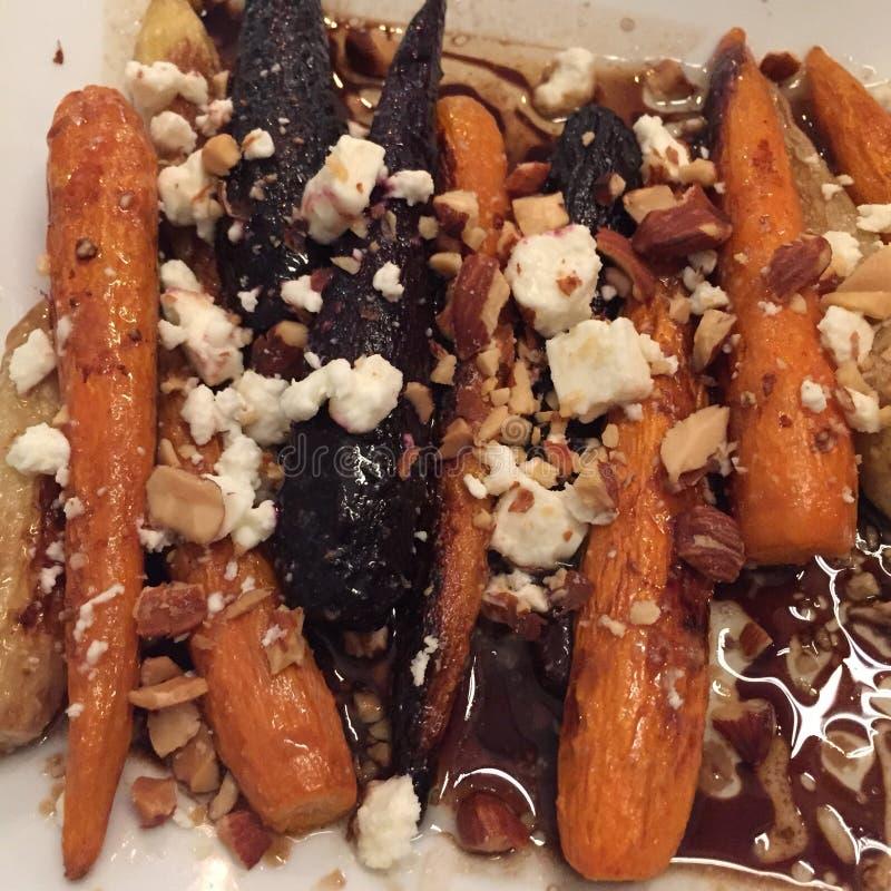 Zanahorias de Sautéed con queso Feta foto de archivo libre de regalías