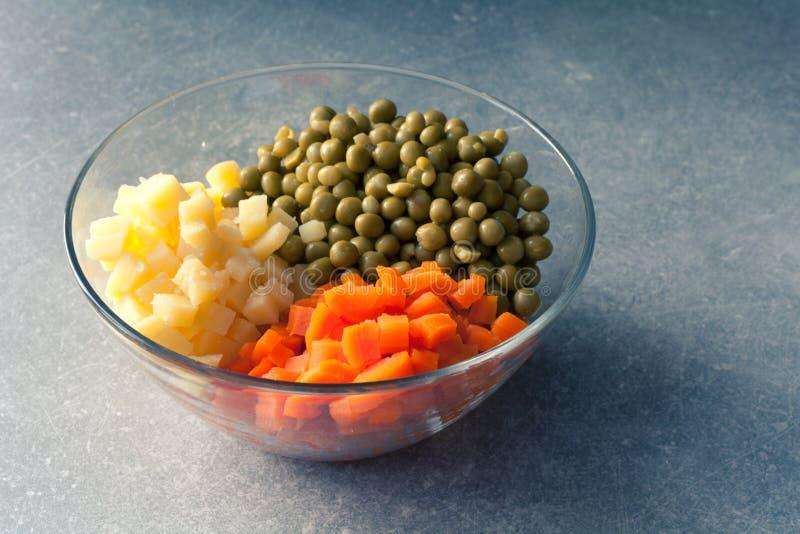 Zanahorias y guisantes de la patata fotografía de archivo
