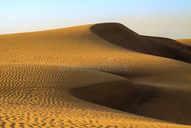Zandduinen in Maspalomas op Gran Canaria stock afbeelding